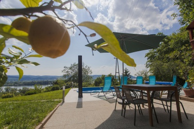 guest house, hungary, terrace, lemon