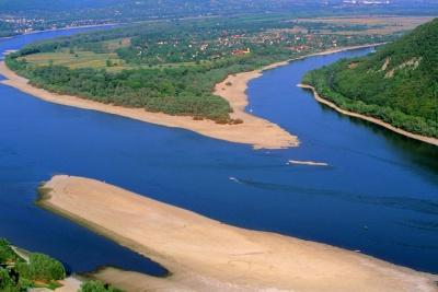 Nagymaros, Duna, zátony